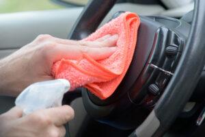 Sanificazione auto: come igienizzare il proprio veicolo